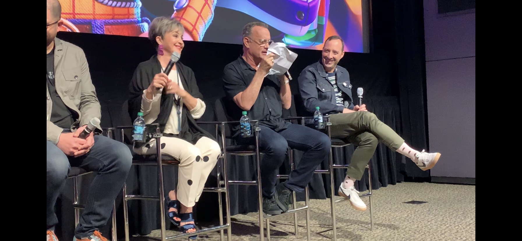 Tom Hanks Jokes on Toy Story 4 Press Tour Rules & Tony Hale On Forky
